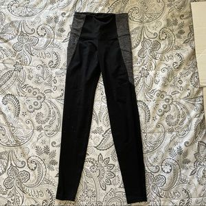 Old Navy Active Go-Dry Leggings Size XS